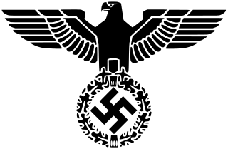 欅坂46のナチス風衣装はどこがアウト(比較・問題点)か? 服飾史評論家に聞いた